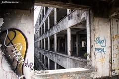 Frame (Joe Herrero) Tags: madrid la joe barranca sanatorio herrero navacerrada revisar