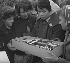 Girls get prizes too (theirhistory) Tags: uk girls england hat kids scarf children fireworks box buttons coat kinderen event gb fifth november5th