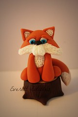 Woodland Animal cake topper fondant fox hedgehog raccoon bear squirrel (Everett Edibles) Tags: art cake edible fondant caketoppers cakedecoration fondanttopper fondantcaketoppers