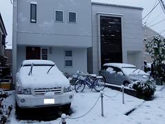 #6528 snow on newer houses (Nemo's great uncle) Tags: snow   funabashi  setagayaku tky