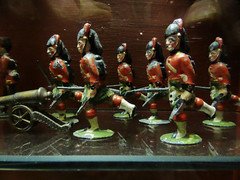 Highlanders (mark.griffin52) Tags: england london infantry toy victorian barbican soldiers lead charge highlanders museumoflobdon