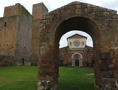 Tuscania - San Pietro facciata (anto_gal) Tags: chiesa sanpietro viterbo tuscania lazio romanico facciata 2015