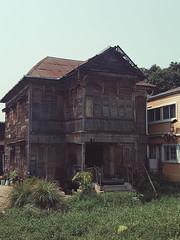 Windsor House Bangkok (shazell212) Tags: thailand riverside bangkok gingerbreadhouse