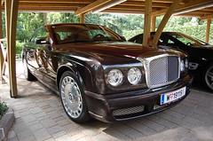 Bentley Brooklands 2008 (D's Carspotting) Tags: red italy black bordeaux 63 sl mercedesbenz 2008 bentley amg merano brooklands meran 20100717 w191191 lm6927
