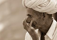 Catching that irritating insect . . . Pushkar-20151116-13.18.22 - 00020 (Swaranjeet) Tags: november portrait people india indian ethnic pushkar rajasthan mela rajasthani 2015 camelfair animalfair