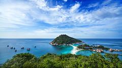 IMG_9056_edited-1 (Lauren :o)) Tags: ocean blue sea sky beach clouds thailand island paradise dive diving kohtao turtleisland nangyuan desertisland diveresort nangyuanisland