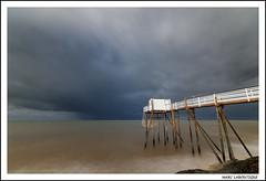 SUR UN CARRELET PERCHE (Marc Laboutique) Tags: ocean mer storm france st pose landscape long exposure maritime palais sur paysage orage charente atlantique longue carrelet