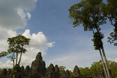 Skygod (HomoSapiensPics) Tags: travel sky architecture asia cambodia peace time god evolution explore reap siam