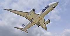 Boeing 787 Dreamliner LOT Polish Airlines (s.debovska) Tags: lot boeing 787 dreamliner boeing787