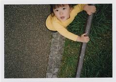 insta114 (sudoTakeshi) Tags: film japan kids tokyo fuji ueno natura half fujifilm filmcamera    natura1600 halfcamera     goldenhalf  children35mm