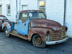 Thompson's 1949? Chevrolet Project Pickup Truck (J Wells S) Tags: ohio abandoned junk rust silverton cincinnati rusty chevy flattire crusty stevethompson thompsonsgarage 1949chevroletpickuptruck 34tonchevroletpickuptruck