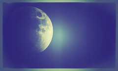 Blue Moon (IAN GARDNER PHOTOGRAPHY) Tags: moon space astronomy bluemoon astronomical thefinalfrontier