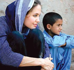 Angelina Jolie spotted wearing Salwar Kameez (fashionkibatain) Tags: news celebrity wearing fashion wordpress lifestyle style angelinajolie vogue spotted angelina jolie trend salwar shalwarkameez kameez shalwar pakistanifashion ifttt fashionkibatain