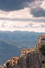 Cervara di Roma (ROSSANA76 Getty Images Contributor) Tags: panorama roma verde relax tramonto nuvole natura cielo sole roccia alpi montagna borgo paesaggio aria controluce collina lazio citt appennino artisti paese cervara profilo
