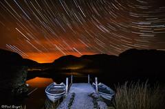 Stars Over Llyn Dywarchen (Paul Sivyer) Tags: lake boat snowdonia startrails llynydywarchen paulsivyer rhyddu wildwalescom