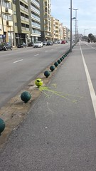 I'm an Alien in Porto...   Porto Graffity / Streetart 4 (rocknrolltheke) Tags: street streetart green portugal yellow graffiti strasse alien graffity gelb porto promenade grün oporto 21365 auserirdisch
