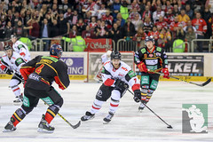 "DEL16 Düsseldorfer EG vs. Kölner Haie 15.01.2016 099.jpg • <a style=""font-size:0.8em;"" href=""http://www.flickr.com/photos/64442770@N03/24338123121/"" target=""_blank"">View on Flickr</a>"