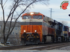 NS Creamsicle 8105 (Twigy BNSF) Tags: heritage ns sub norfolk southern milwaukee unit 8105