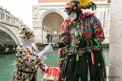Carnaval Venise 2016-0802 (yvesw_photographies) Tags: italien carnival venice costumes italy costume europe italia eu parade chapeaux carnaval venise carnevale venezia venedig carneval italie venitian costum costumi costumé vénitien vénitienne costumés carnavaldevenise2016
