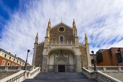 @Madrid (BoXed_FisH) Tags: madrid travel sky cloud building church architecture clouds spain sony religion wideangle bluesky es comunidaddemadrid sonyalpha sonyzeiss sanjernimoelreal zeiss1635 sonya7 stjerometheroyal sel1635z sony1635mmvariotessartfef4zaoss sonyzeiss1635f4oss