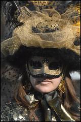 DSC_1959 (lucio 1966) Tags: costume tramonto mare campanile gondola piazza carnevale venezia paesaggi ritratto notturna sanmarco maschere sfondi volto