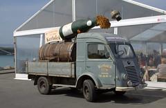 Renault (Thethe35400) Tags: voiture renault camion publicit cidre
