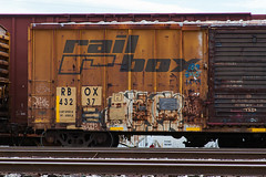 (o texano) Tags: bench graffiti texas houston trains abhor freights 4dc a2m benching