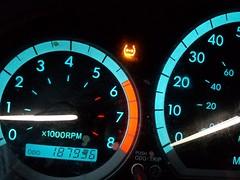 Tire Pressure Light (PetiteFamily93) Tags: 2005 light sienna tire toyota pressure