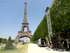 Sound system within Champ de Mars (eutouring) Tags: park paris france eiffeltower eiffel champdemars sound soundsystem