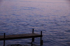 muelle atardecer teques (mariaschivster) Tags: pink blue sunset lake water azul mexico lago atardecer muelle twilight dock agua rosa reflejo tequesquitengo