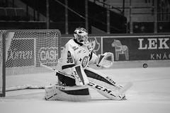 Henrik Haukeland 2015-08-22 (Michael Erhardsson) Tags: white black hockey goalie henrik haukeland lif 2015 svartvitt leksand ishockey mlvakt leksandsif hockeymlvakt 20150822