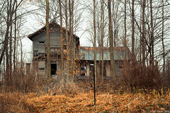 """This old house"" (D A Baker) Tags: abandoned rural decay farm farmhouse decrepit indiana daniel baker da"