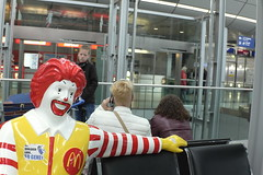 S&R #4 2 shivers(for me) in 1 picture (RadarOReilly) Tags: germany handy airport phone clown nrw flughafen telefon dsseldorf