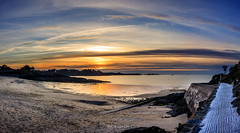 Port Blanc (bertrandlamy) Tags: ocean longexposure sea sun mer seascape france clouds canon landscape soleil brittany bretagne exposition paysage bord couch longue 40d