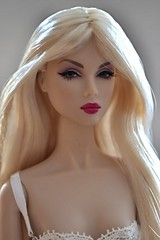 Lilith the Great Pretender (Angelcollector87) Tags: face fashion model doll nu great barbie pale blonde platinum royalty lilith pretender platino