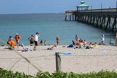 IMG_0083 (Mike H Photography) Tags: sea sun beach relax joy sunny dania