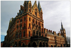 Booking Office St Pancras pub (vazyvite) Tags: london station st office europe gare britain great londres angleterre british pancras renaissance booking anglais