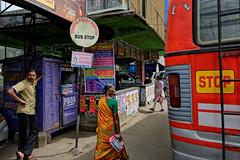 Bus stop - Munnar (Andrea Cavallini (cavallotkd)) Tags: street india bus andrea stop munnar cavallini cavallotkd