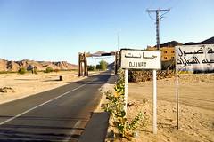 Djanet جانت (habib kaki 2) Tags: 3 sahara algeria desert algerie sud rn الجزائر صحراء djanet rn3 illizi ilizi الجنوب جانت اليزي ايليزي