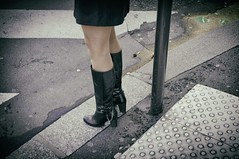 Minute Parisienne (Calinore) Tags: city woman paris france shoes legs pavement femme ville jambes chaussures trottoir feminity feminite