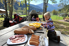Familien-Pick-Nick-Fieschertal-Aletsch-Arena-cp (aletscharena) Tags: schweiz wallis grillen familien unescowelterbe naturpur familienurlaub aletscharena familienwillkommen