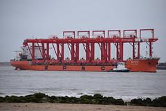 Zhen Hua 25 arrives into Liverpool (Gareth Garbutt) Tags: rivermersey liverpool2 zhenhua25