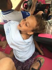 Canoa Quebrada, CE. (Elias Rovielo) Tags: family pink vacation chuva férias rainy ceará buggy dunas ce lagoas nordeste canoaquebrada aracati rosachoque comemoção beachparkwellnessresort brasilfamília