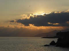 le giornate si sono gi allungate (fotomie2009) Tags: sea italy costa clouds coast riviera italia nuvole mare liguria finale ligure varigotti ponente