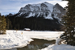 Lake Louise (Guido Andreassi) Tags: roof mountain canada water reflections paradise tetto louise alberta lakelouise riflessi paradiso