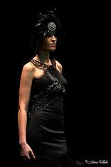 Alma Nouveau #3 (Retratista de paisajes y paisanajes) Tags: show espaa fashion sevilla spain gente negro moda andalucia pasarela fondo traje flamenco flamenca huerta simof amparopardal