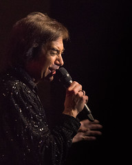 TVS Neil Diamond Tribute-378.jpg (PhotosByFry) Tags: neildiamond inlandvalleysymphony temeculavalleysymphony robgarret
