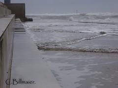 P1020207 (Cintia Billmaier.) Tags: strand mar meer marejada playa welle ola cantabria suances arbolada lumixtz60