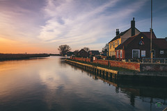 The Ferry Inn (JamieGraham95) Tags: camera blue sunset england sky orange holiday green nature beer grass ferry canon river landscape boat video inn long exposure jamie sony norfolk filter lee l mk2 5d 28 usm pint grad graham chill mkii brinks broads cokin 2470 stokesby fs7 barncraft jamiegraham95