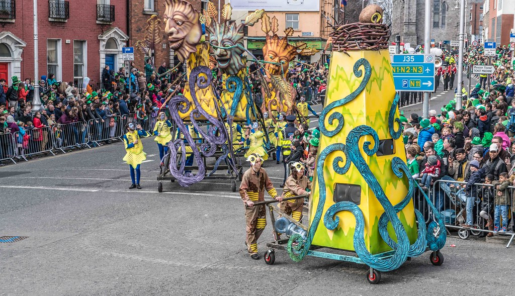 Dowtcha Puppet's At The St.Patrick's Parade [Dublin 2016]-112509